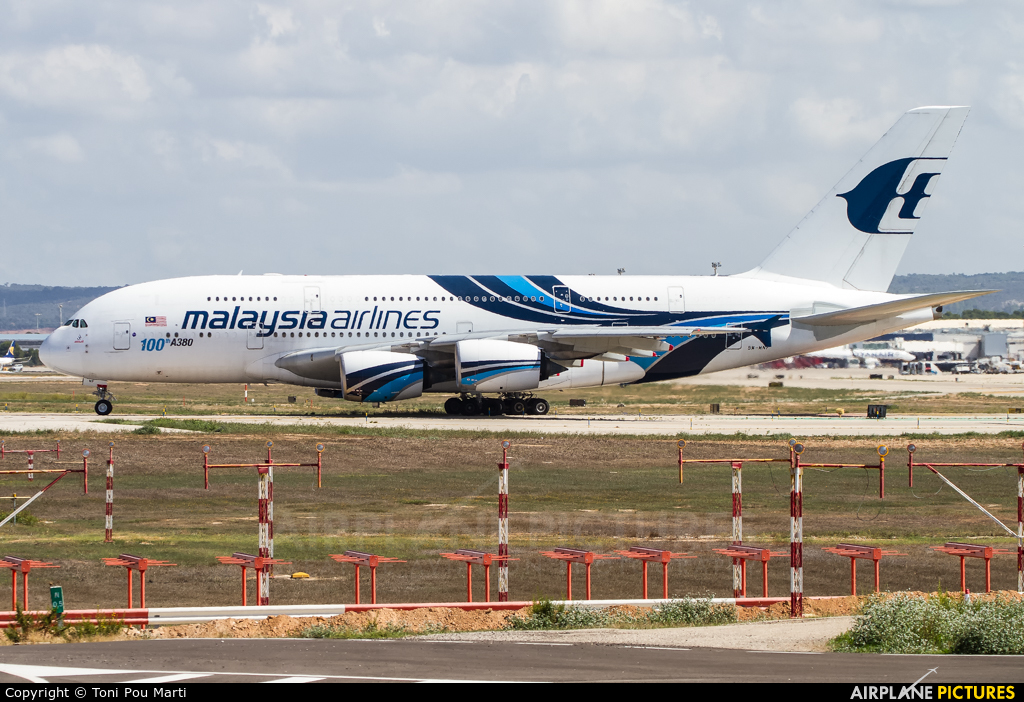 Malaysia Airlines 9M-MNF aircraft at Palma de Mallorca