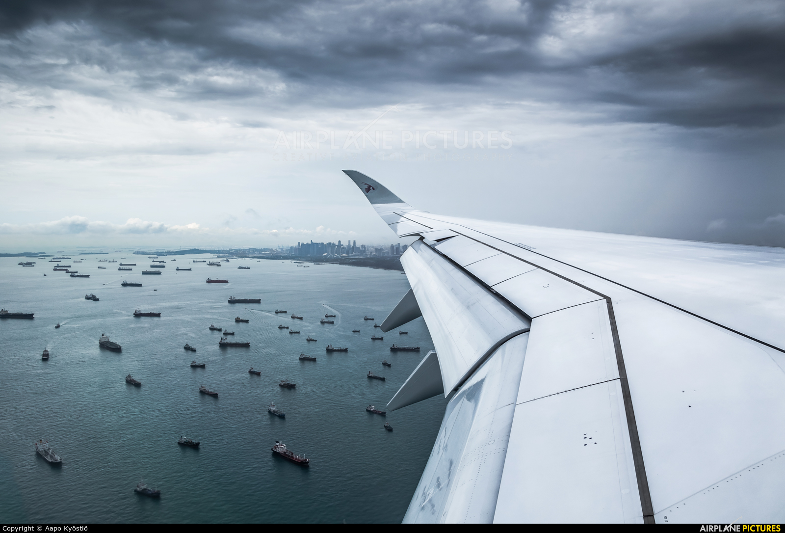 Qatar Airways - aircraft at In Flight - Singapore