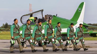 - - Saudi Arabia - Air Force: Saudi Hawks - Airport Overview - People, Pilot