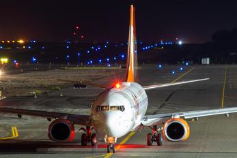 PR-GEI - GOL Transportes Aéreos  Boeing 737-700