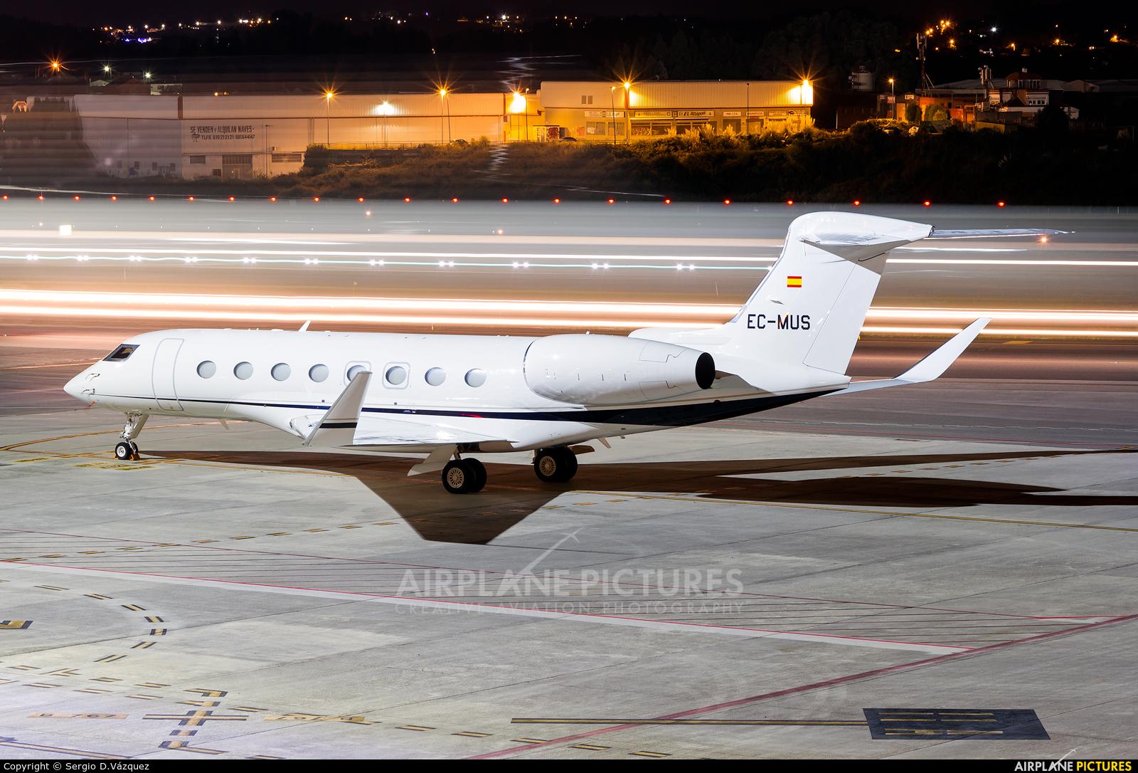 Gestair EC-MUS aircraft at La Coruña