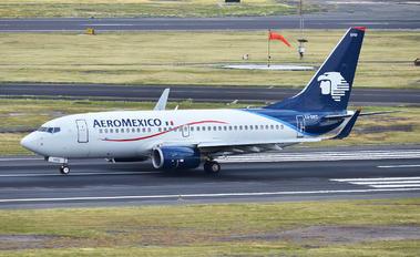 XA-DRD - Aeromexico Boeing 737-700