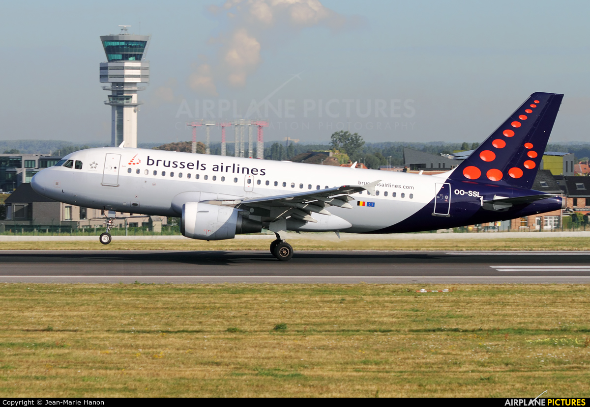 Brussels Airlines OO-SSL aircraft at Brussels - Zaventem