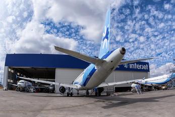 XA-ACO - Interjet Airbus A320