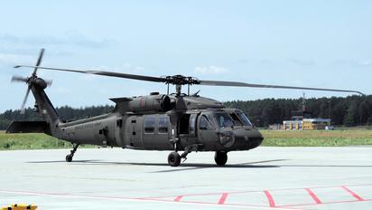 11-20398 - USA - Army Sikorsky UH-60M Black Hawk