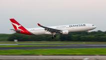 VH-QPJ - QANTAS Airbus A330-300 aircraft