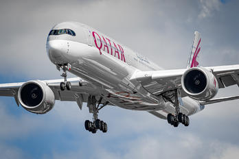 A7-ANI - Qatar Airways Airbus A350-1000