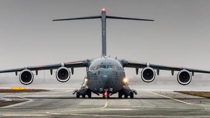 02-1110 - USA - Air Force Boeing C-17A Globemaster III