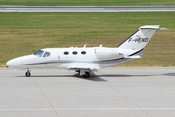 F-HEND - Private Cessna 510 Citation Mustang