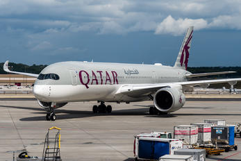 A7-ALO - Qatar Airways Airbus A350-900