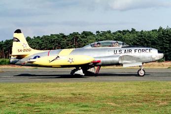 N33VC - Private Canadair CT-133 Silver Star 3