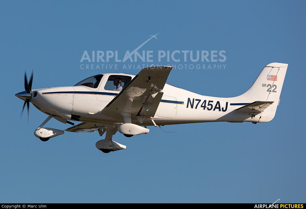 PrivatAir N745AJ aircraft at Augsburg