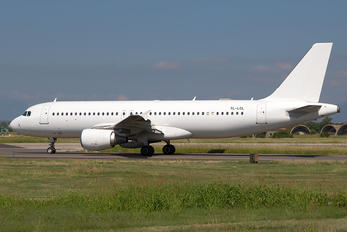 YL-LCL - SmartLynx Airbus A320