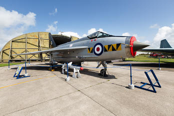 XR768 - Cornwall Aviation Heritage Centre English Electric Lightning F.2