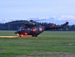 0910 - Poland - Air Force PZL W-3 Sokół