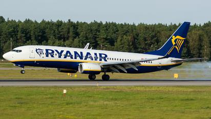 SP-RSP - Ryanair Sun Boeing 737-8AS