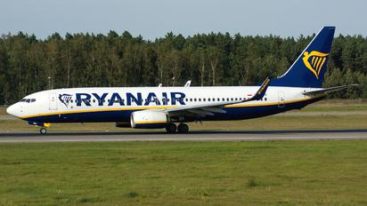 SP-RSU - Ryanair Sun Boeing 737-8AS