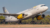EC-LQK - Vueling Airlines Airbus A320 aircraft