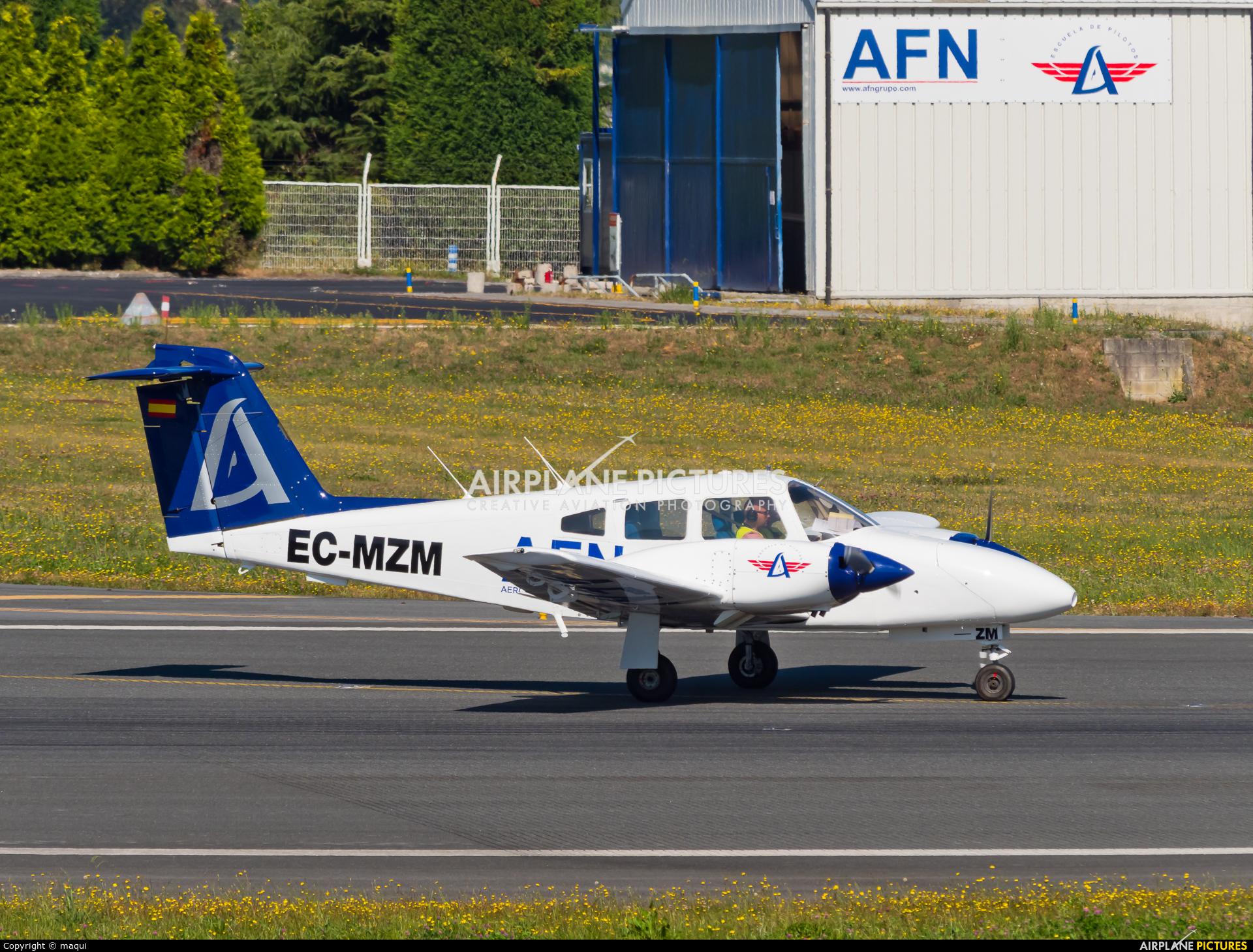 Aeroflota del Noroeste EC-MZM aircraft at La Coruña