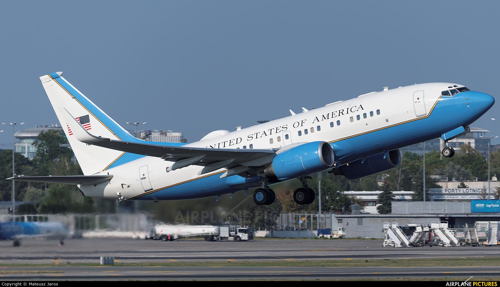 USA - Air Force 01-0040 aircraft at Warsaw - Frederic Chopin