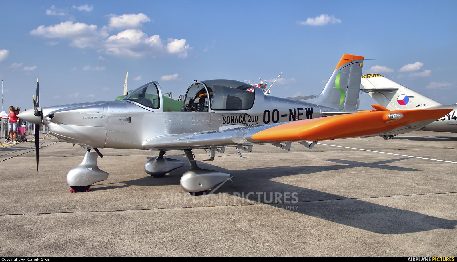 Private OO-NEW aircraft at Hradec Králové