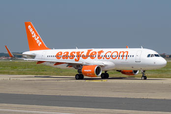 OE-IVL - easyJet Europe Airbus A320