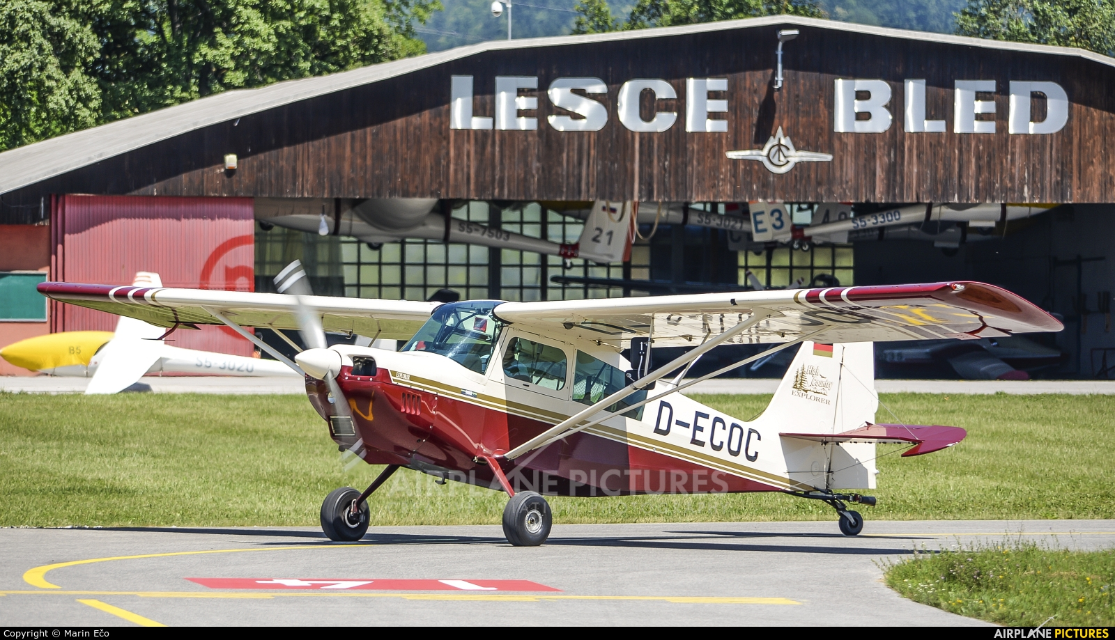 Private D-ECOC aircraft at Lesce-Bled
