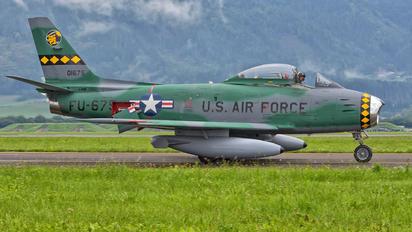 F-AYSB - Private North American F-86 Sabre