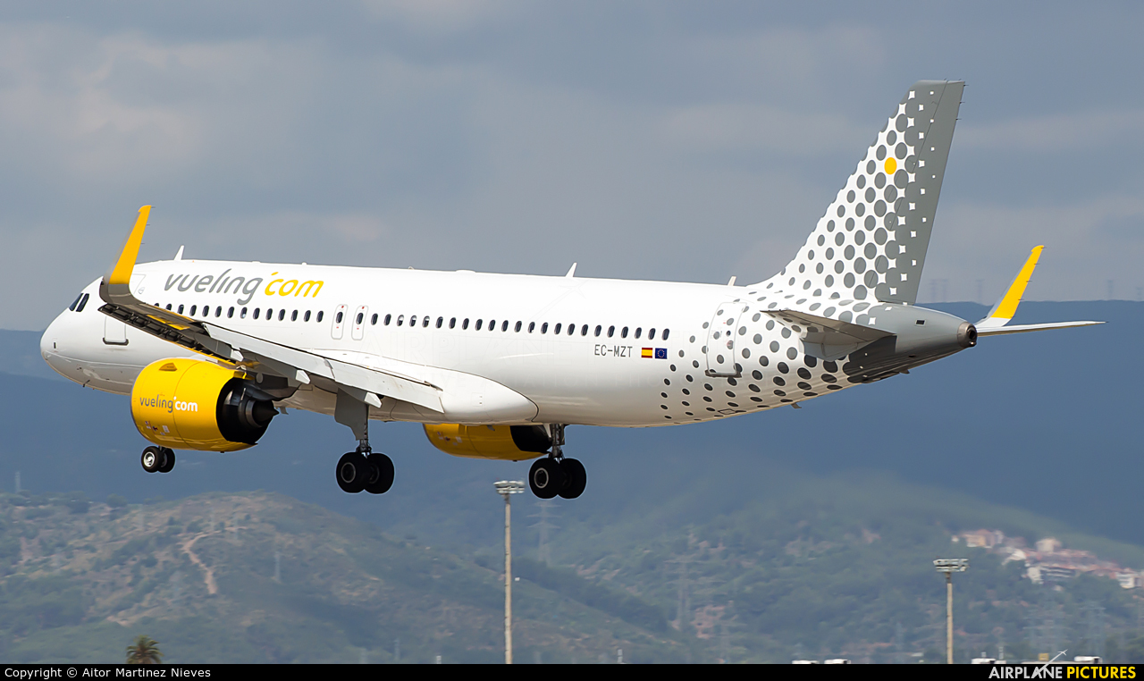 Vueling Airlines EC-MZT aircraft at Barcelona - El Prat