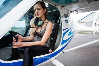 - - Private Remos Aircraft G-3