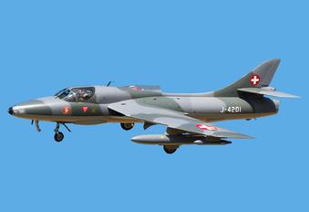 HB-RVR - Amici dell\'Hunter Hawker Hunter T.68