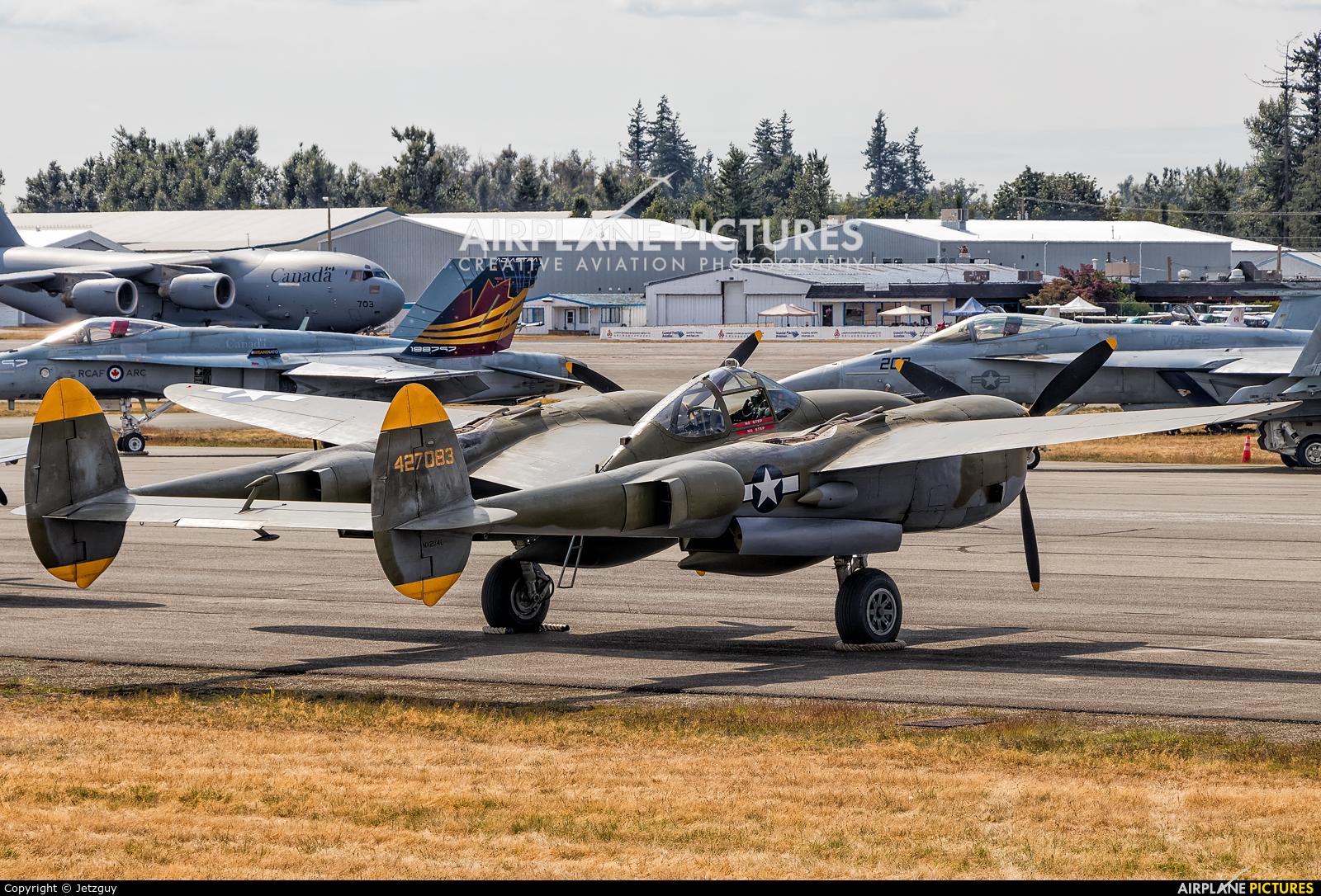 Private NX2114L aircraft at Abbotsford, BC