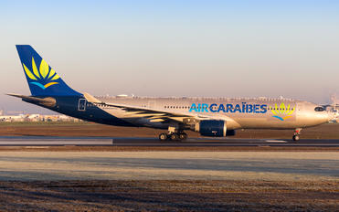 F-HUNO - Air Caraibes Airbus A330-200
