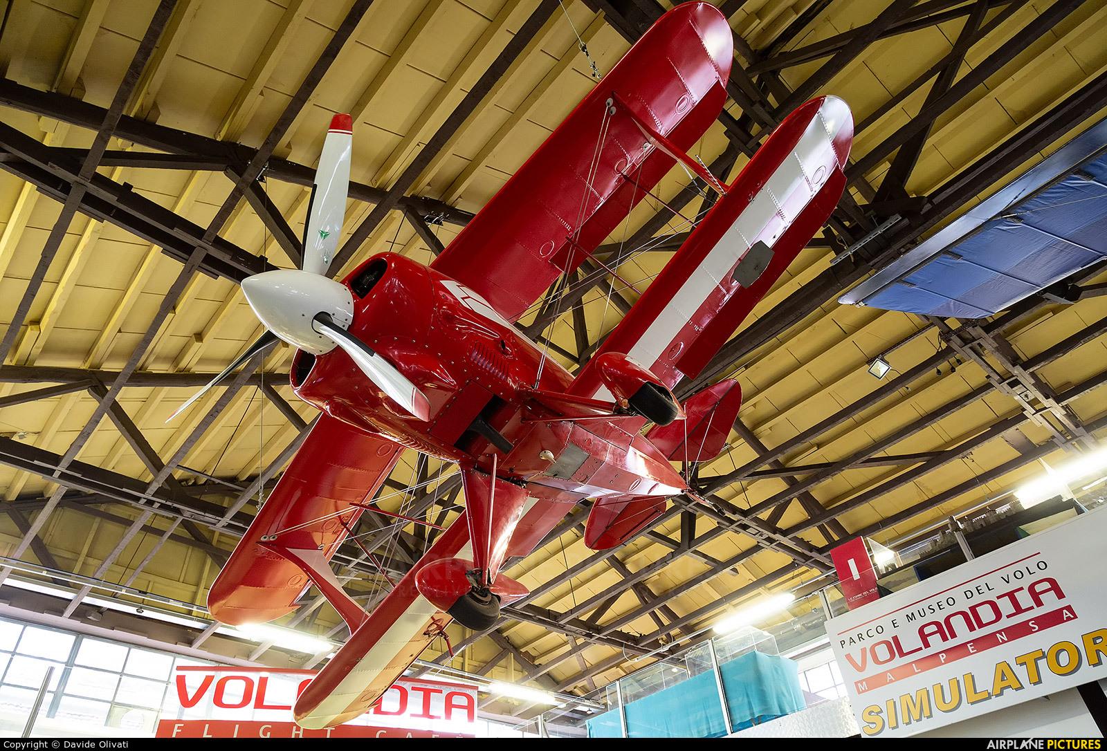 Private I-PITT aircraft at
