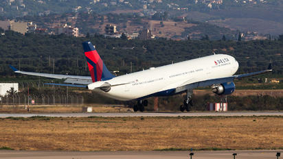 N824NW - Delta Air Lines Airbus A330-300