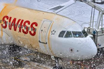 HB-IJX - Swiss Airbus A320