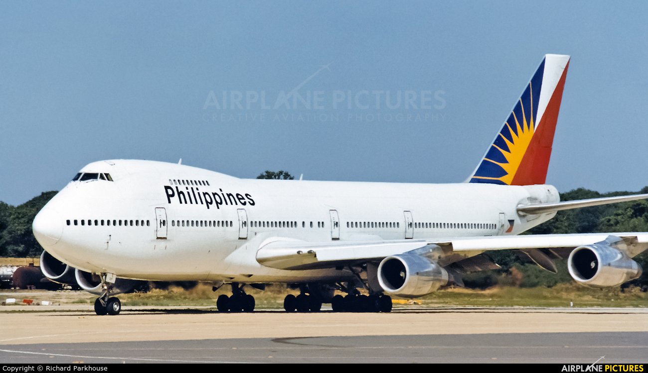 Philippines Airlines N207AE aircraft at London - Gatwick