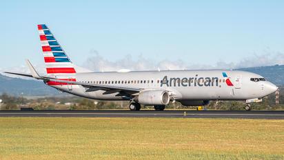 N824NN - American Airlines Boeing 737-800