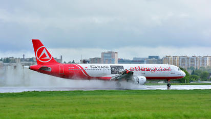TC-ATF - Atlasglobal Airbus A321