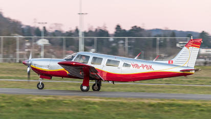 HB-PBK - Private Piper PA-32 Cherokee Lance