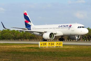 PR-XBA - LATAM Airbus A320 NEO