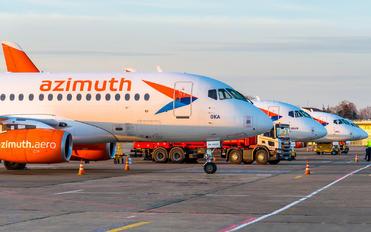 RA-89120 - Azimuth Sukhoi Superjet 100