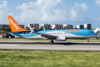 C-GTUO - Sunwing Airlines Boeing 737-800