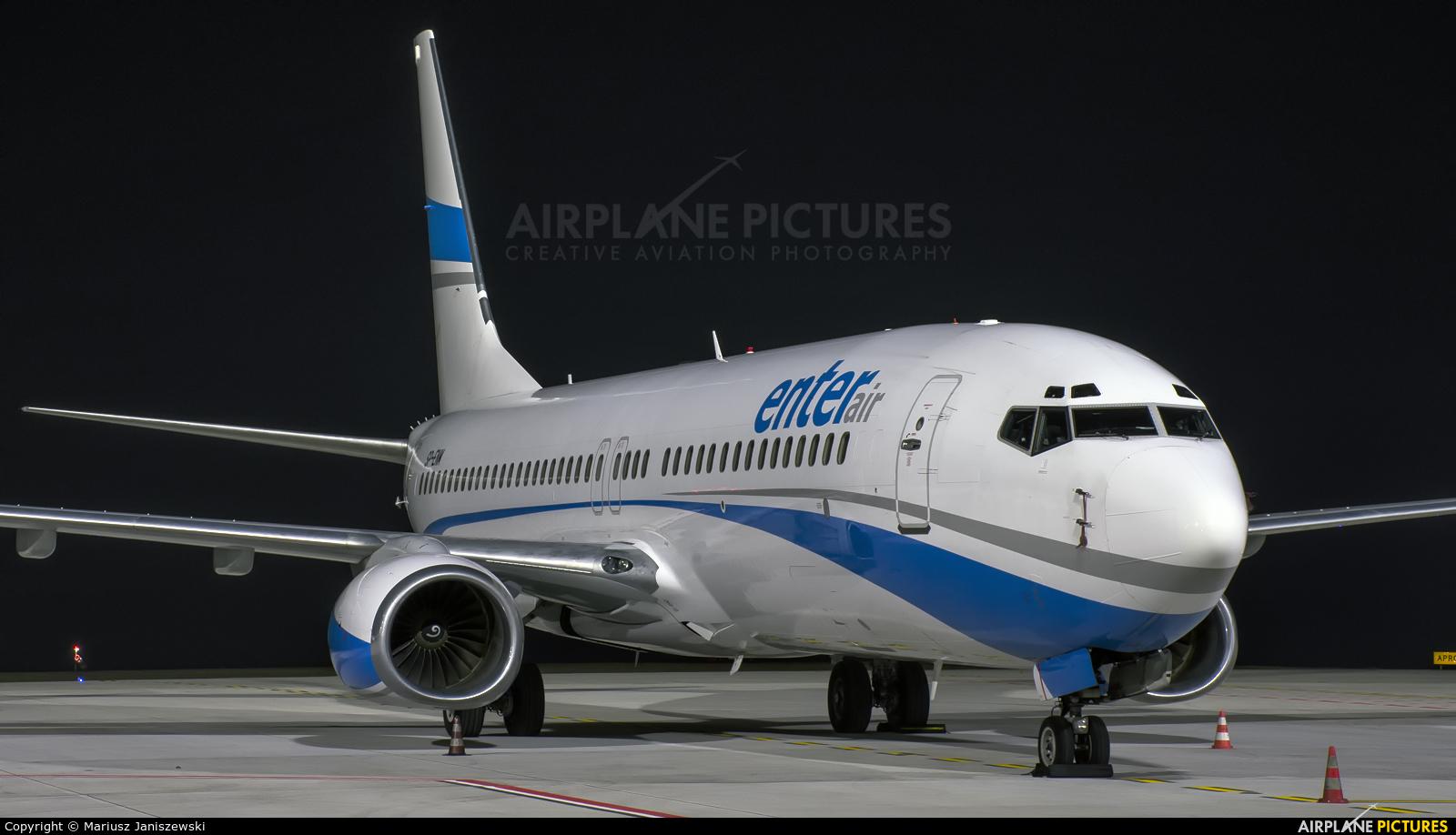 Enter Air SP-ENM aircraft at Katowice - Pyrzowice