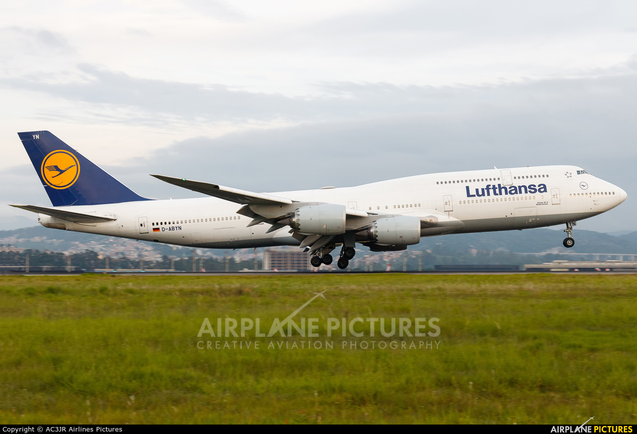 Lufthansa D-ABYN aircraft at São Paulo - Guarulhos
