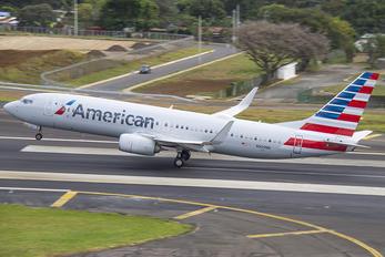 N909NN - American Airlines Boeing 737-800