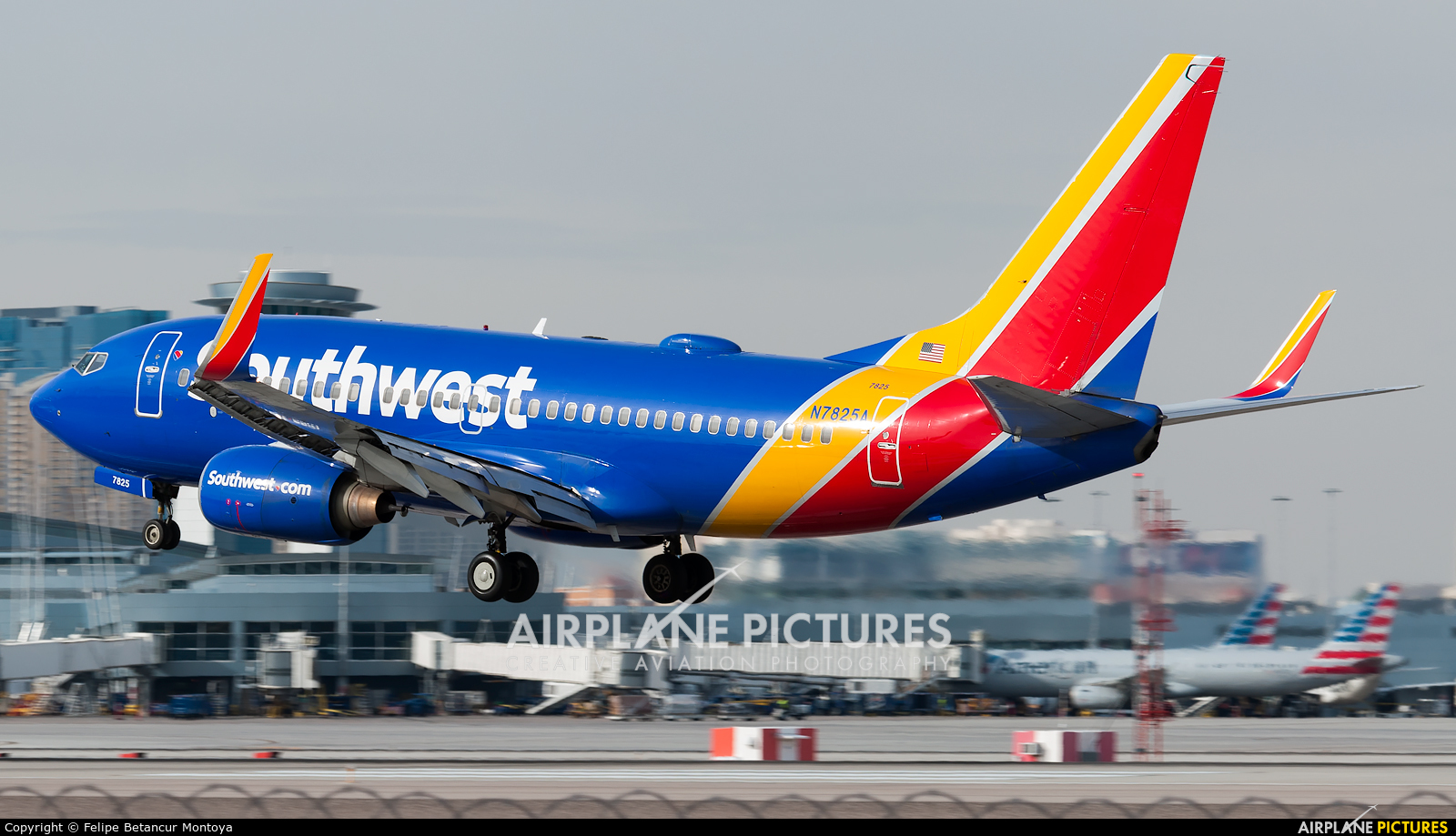 Southwest Airlines N7825A aircraft at Las Vegas - McCarran Intl
