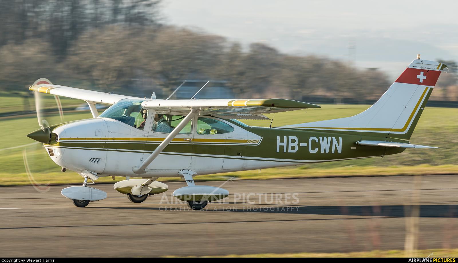 Private HB-CWN aircraft at Lausanne - La Blécherette