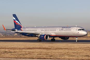VP-BKZ - Aeroflot Airbus A321