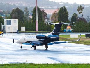G-HNPN - Flairjet Embraer EMB-505 Phenom 300